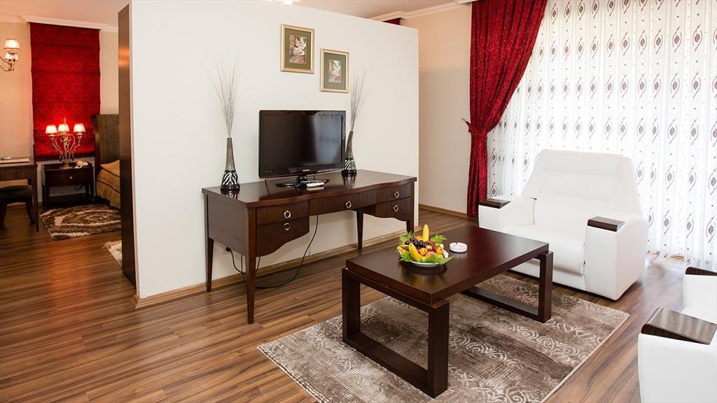 Şah Inn Paradise